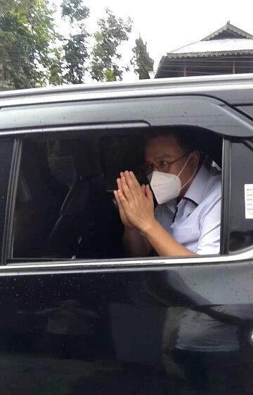 Terkait Acungkan Tangan Nomor Salah Satu Paslon di Gedung DPRD, Walikota Diperiksa Bawaslu