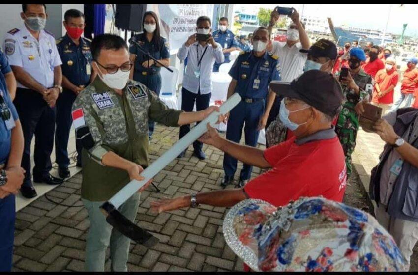 Senator BAN Liow Resmikan Program Padat Karya Ditjen Perhubungan Laut di KSOP Manado
