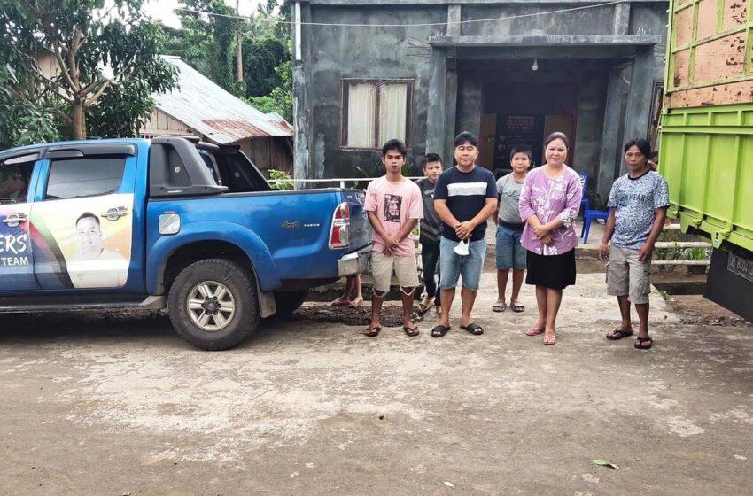 Keluarga Kandoli-Antou Sumbang KalsiBoard untuk Pembangunan Gereja GPDI Keletoba Tombatu Satu