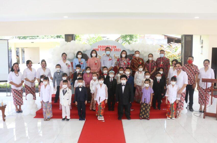 Walikota – Bunda PAUD Hadiri Graduation Happy Holy Kids