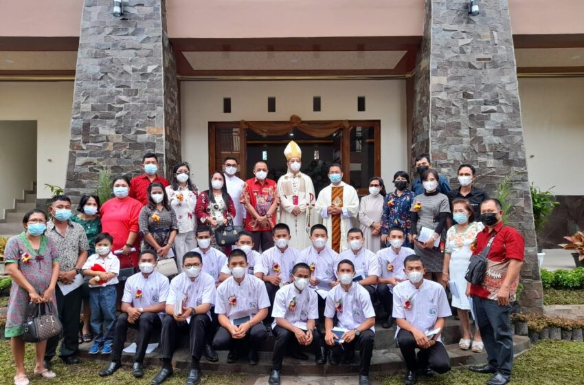 Graduation Day Ke 43 Seminarium Augustinianum Tomohon, Dirangkaikan dengan Pemberkatan dan Peresmian Gedung Baru
